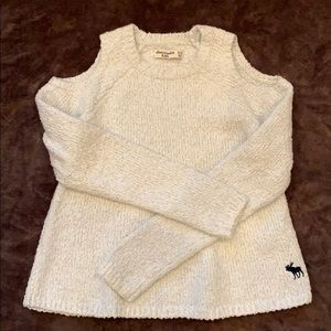 Cold shoulder sweater Girl 11-12